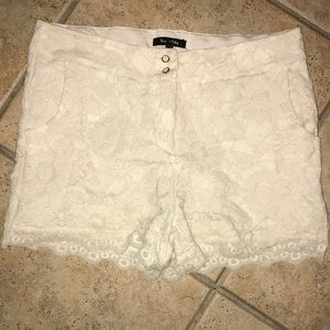 Max and Riley - cream lace shorts